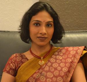 Female Gynecologist in Chennai - Dr. Manu Lakshmi